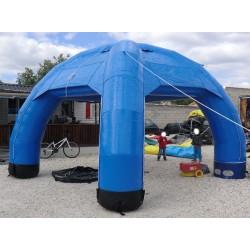 """Le """"Dome  Carré Bleu"""""""